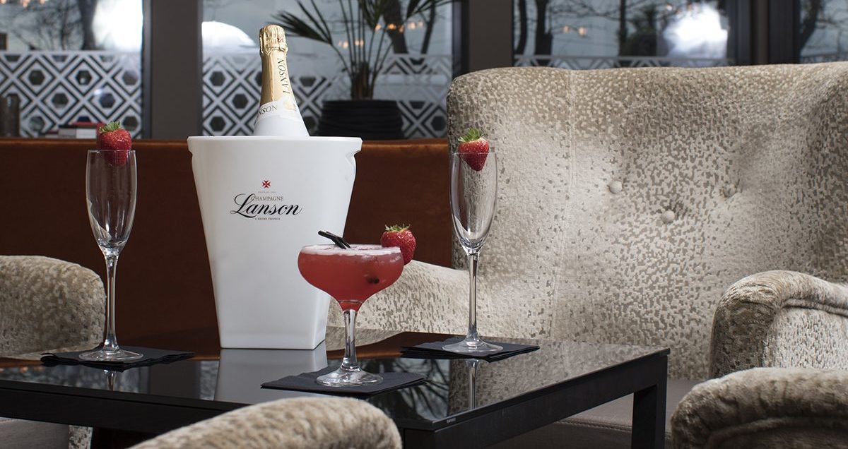 Lanson and cocktail